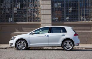 2015 Volkswagen Golf TDI (2)