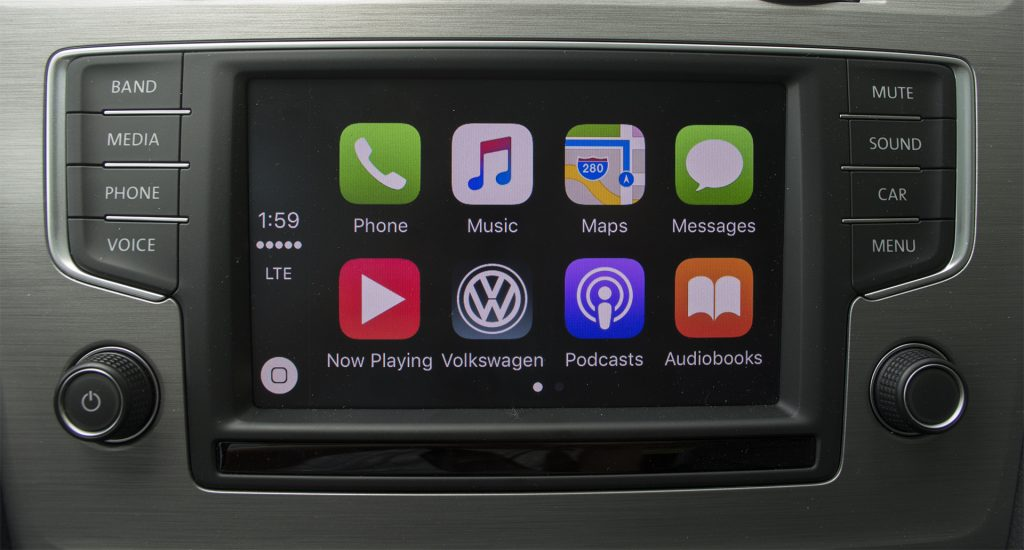 2016 Volkswagen Golf Sportwagen SE TSI 9