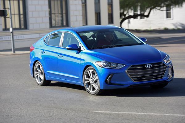 2012 Hyundai Elantra Tire Size >> 2017 Hyundai Elantra - iSeeCars.com