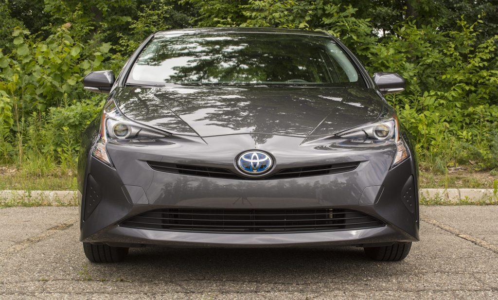 2016 Toyota Prius Three 1