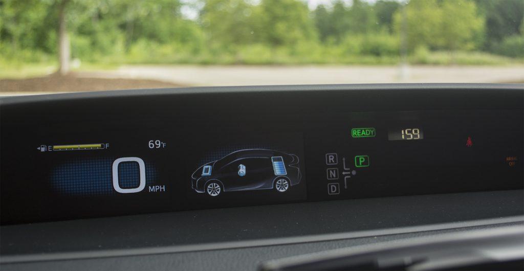 2016 Toyota Prius Three 11