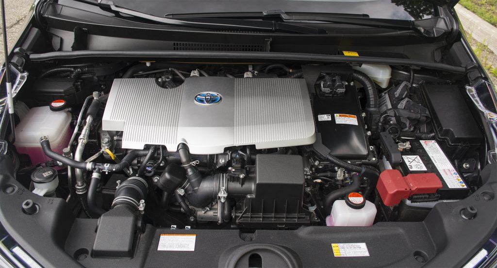 2016 Toyota Prius Three 9