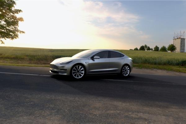 2017_Tesla_Model-3