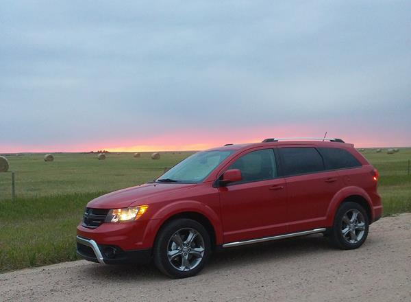 2016 Dodge Journey - 1 - AOA1200px