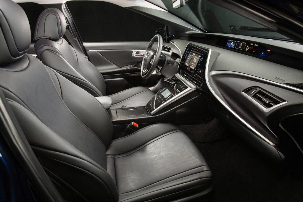 Interior-2017 Toyota Mirai