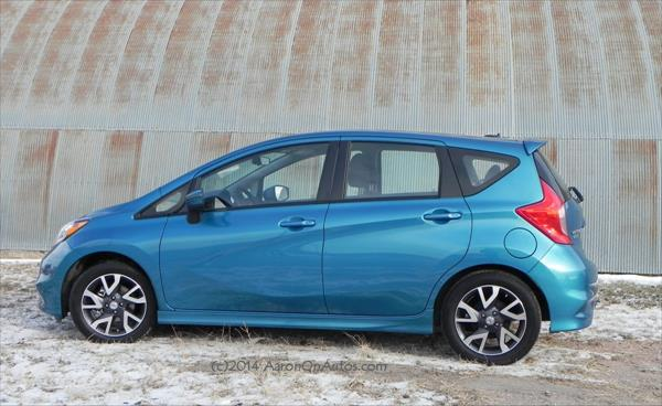 Nissan Versa Note - tin shed 1 - AOA1200px