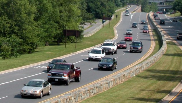 Tailgating on Expressway-Photo courtesy AAA Foundation for Traffic Safety