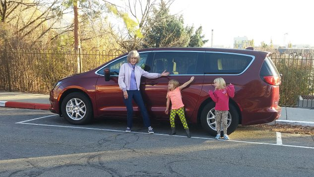 2017 Chrysler Pacifica Minivan Road Trip