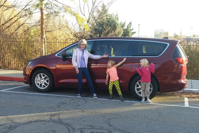 2017 Chrysler Pacifica Minivan Road Trip