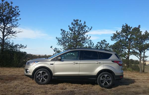 2017-ford-escape-1
