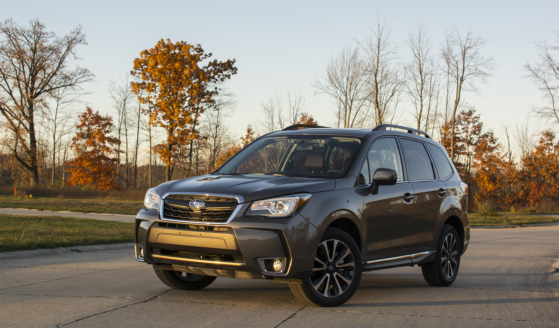 review 2017 subaru forester tries to stay ahead of the crossover pack. Black Bedroom Furniture Sets. Home Design Ideas