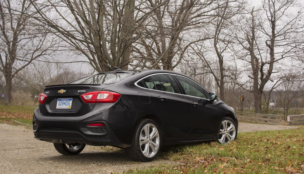 Review 2017 Chevrolet Cruze Is A Compact Surprise