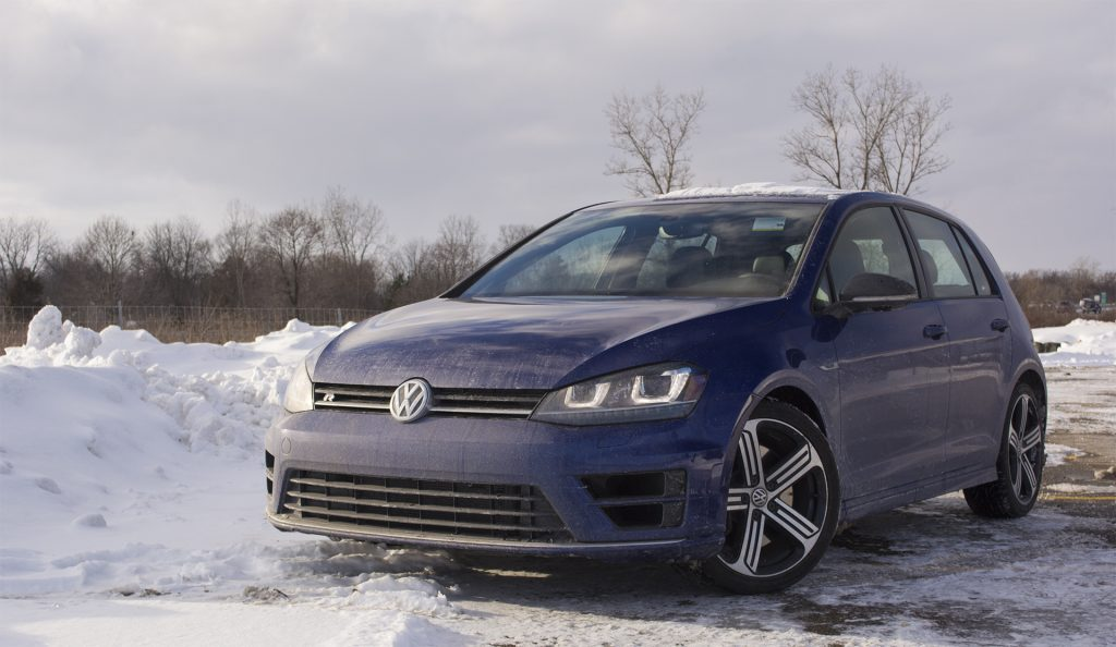 2017-volkswagen-golf-r-4