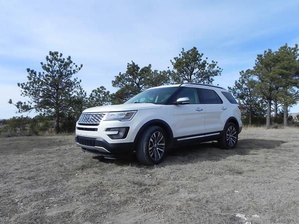 ford-explorer-1-aoa1200px
