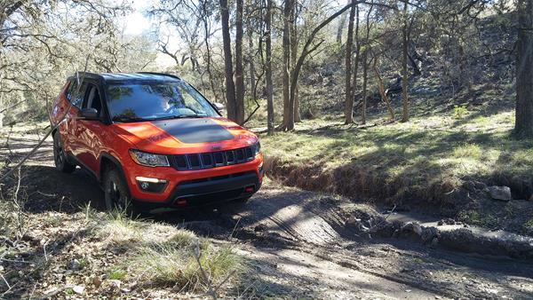 2017-jeep-compass-6-aoa