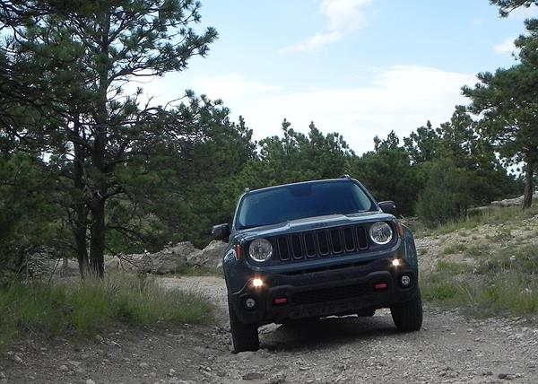jeep-renegade-trailhawk-10