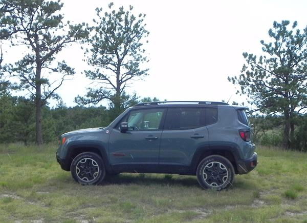 jeep-renegade-trailhawk-2