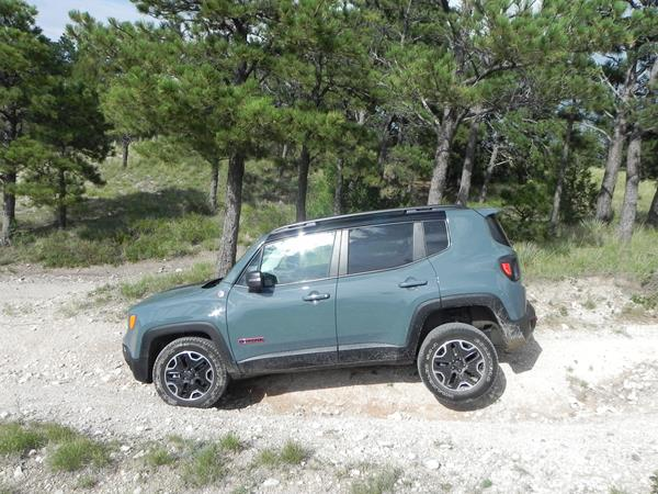 jeep-renegade-trailhawk-8