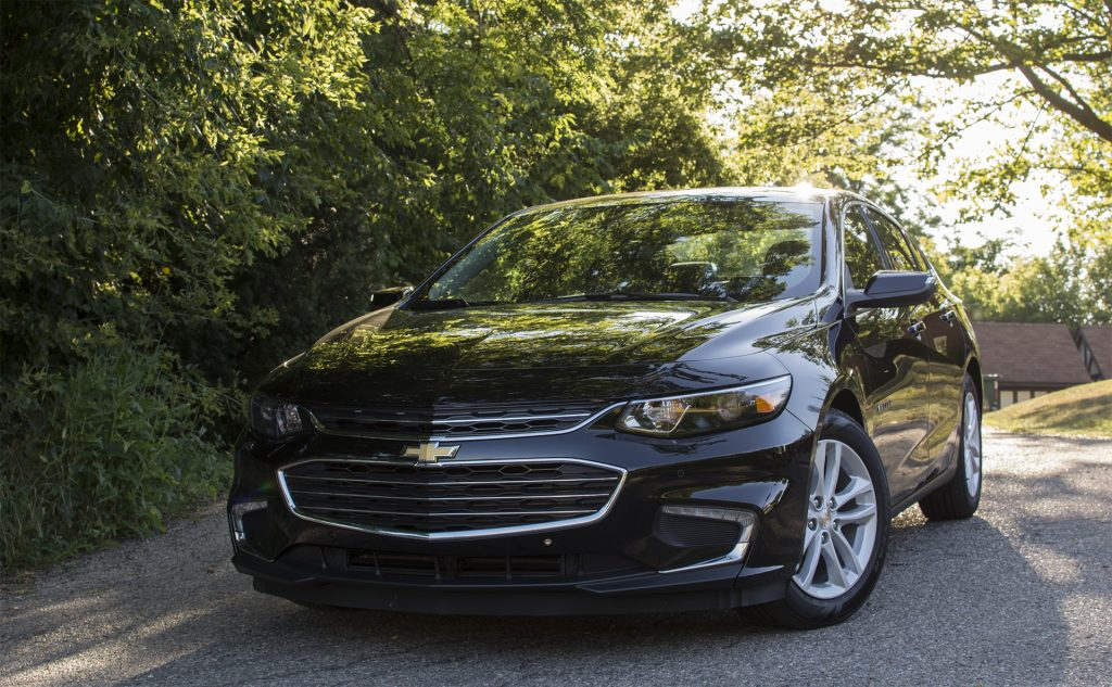 Review 2017 Chevrolet Malibu Hybrid Is Quietly Impressive