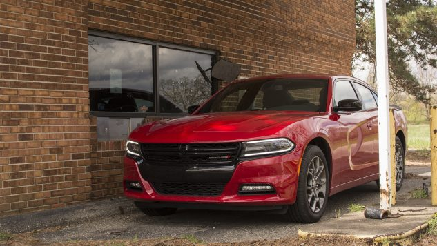 2017-dodge-charger-sxt-awd-5