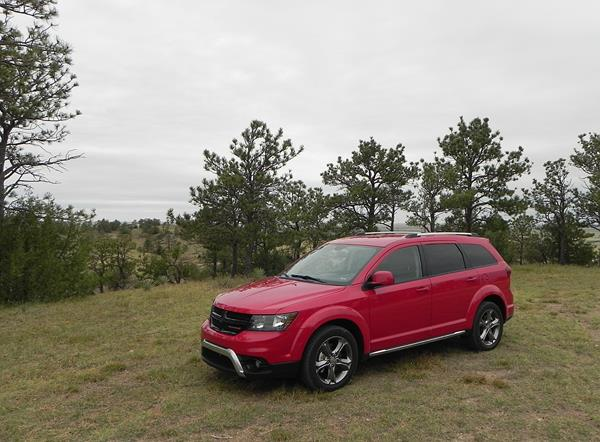 2016-dodge-journey-6-aoa1200px
