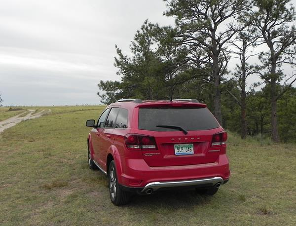 2016-dodge-journey-8-aoa1200px