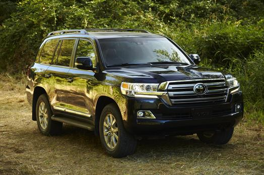 2016_toyota_land_cruiser_11