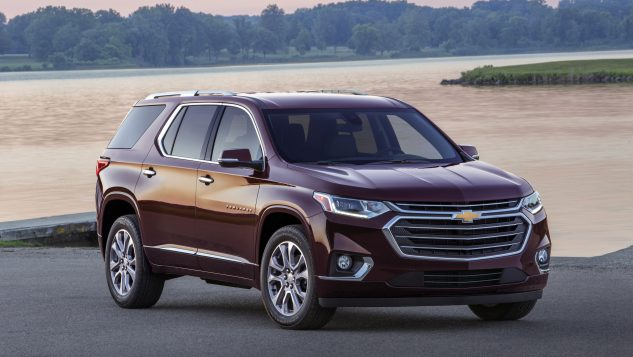review 2018 chevrolet traverse sets new standards for family hauling 3 rows. Black Bedroom Furniture Sets. Home Design Ideas