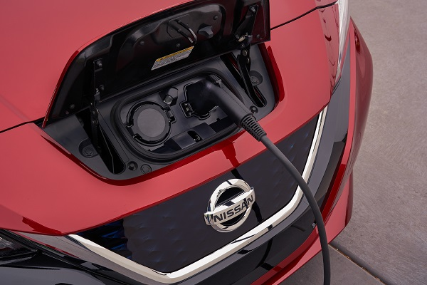 The new Nissan LEAF has taken top honors at the CES (Consumer Electronics Show) annual CES Unveiled ceremony, presented by the Consumer Technology Association.