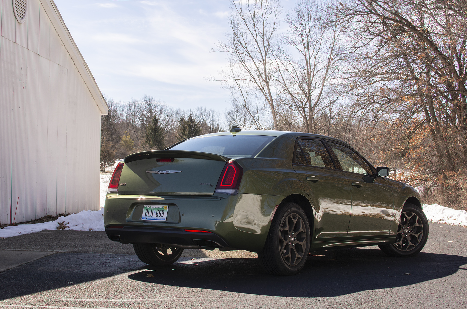 2018-chrysler-300s-awd-5
