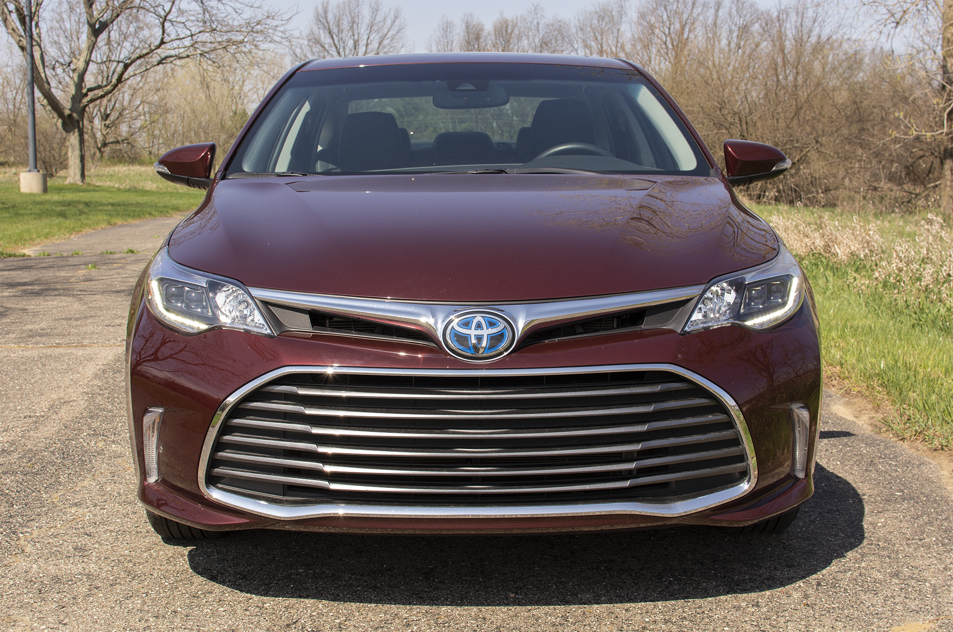 2018 Toyota Avalon Hybrid Limited 1