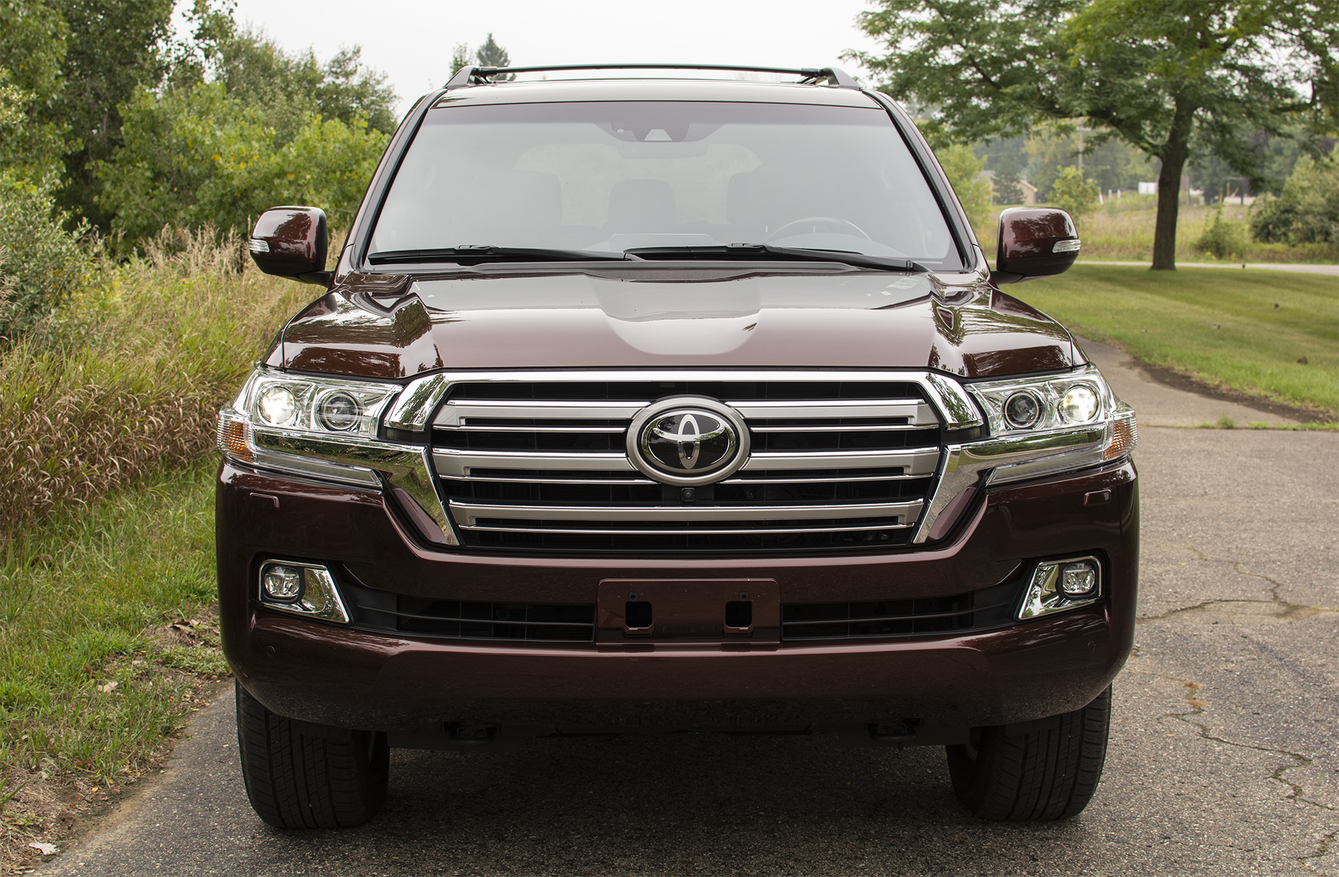 2018-toyota-land-cruiser-1