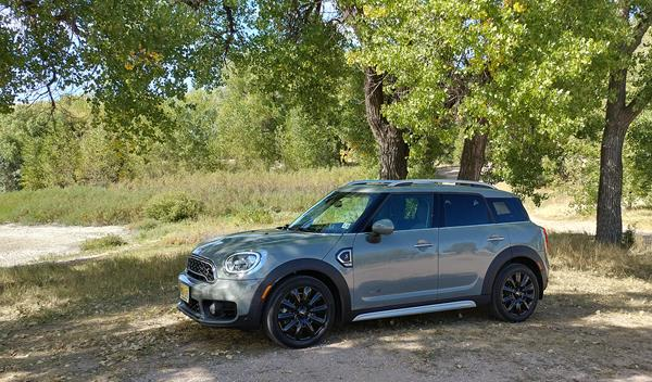 2019-bmw-mini-countryman-1
