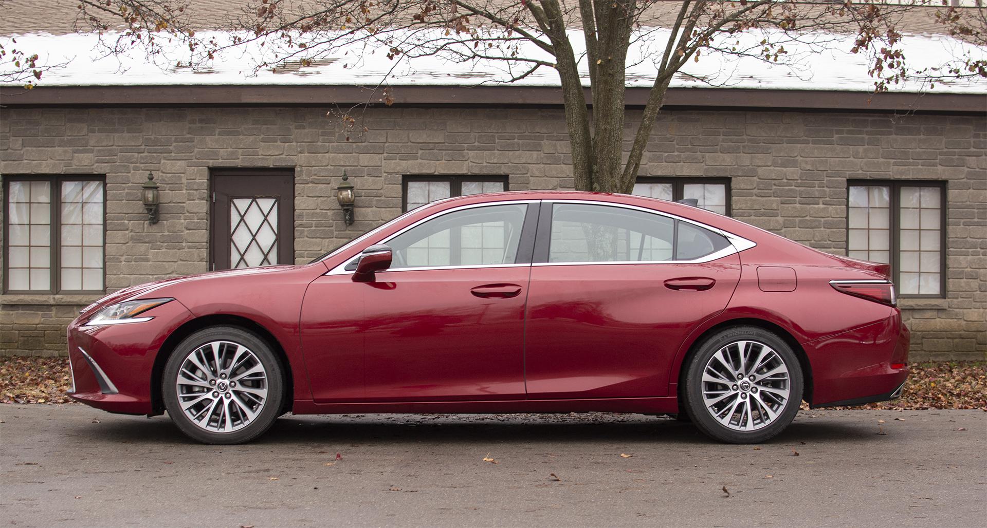 2019-lexus-es-350-luxury-2