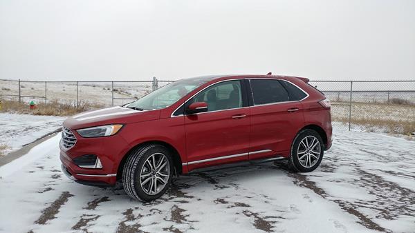 2019-ford-edge-1