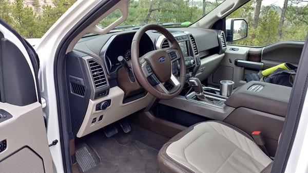 2019-ford-f-150-interior-1