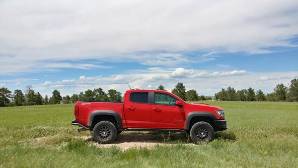 2019-chevrolet-colorado-zr2-bison-9