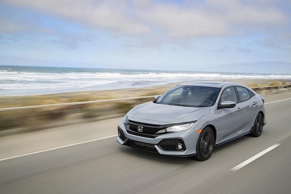 2019-honda-civic-hatchback-28-1200x800